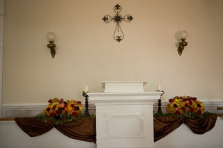 Floral centerpieces to altar