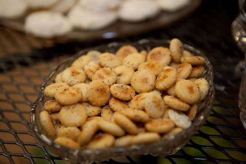 Garlic cheese bites