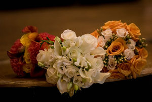 Winter_and_fall_styled_bouquets
