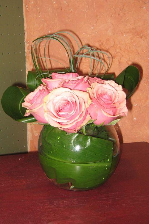 Rose bowl arrangement